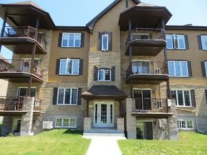 Condo in Vaudreuil for rent