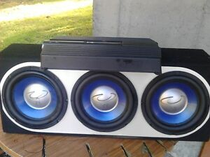 3 10in subs with 1400watt amp
