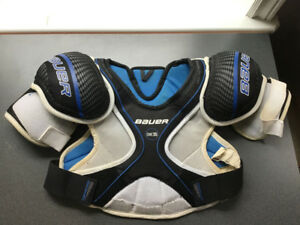 Hockey Bauer Shoulder & Chest protector ONE 35 Size JuniorLarge