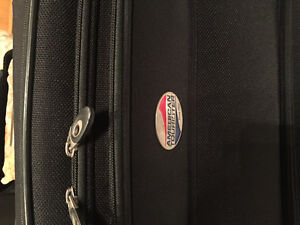 """LARGE American Tourister Suitcase for sale (20""""x10""""x30"""") Strathcona County Edmonton Area image 2"""
