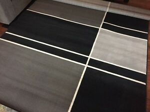 """Large Area Rug NEVER USED 6'3"""" by 9'2"""""""