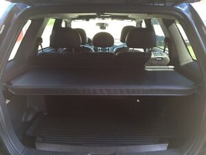 Ford Escape Cargo security cover Kitchener / Waterloo Kitchener Area image 2