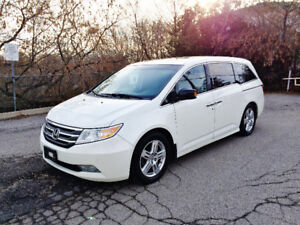 2012 Honda Odyssey TOURING LOADED 1-OWNER NO ACCIDENTS