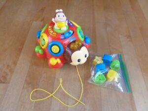 Différent jouet pour enfant