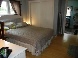 Beautiful northend 1 bedroom  office Heat HW electric inc