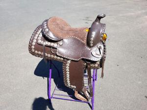 "18"" Western saddle package"