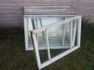 Fenêtres en bois. Utilisation pour serre, hangard, grange, etc. West Island Greater Montréal image 5