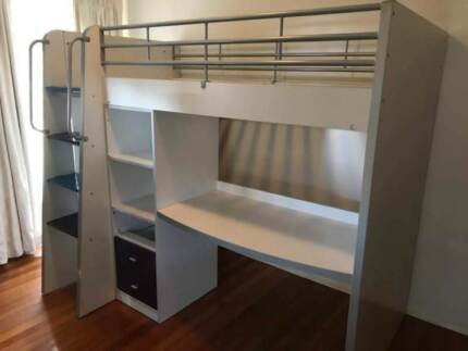 Excellent wooden single bunk bed with desk& drawers for sale