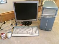 Packard Bell Windows XP Computer with Compaq Screen, 2 mouses & Instructions