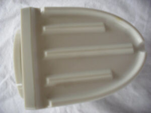 You get 3 for less than retail of 1! MOEN Suction Soap Holders  Kingston Kingston Area image 5