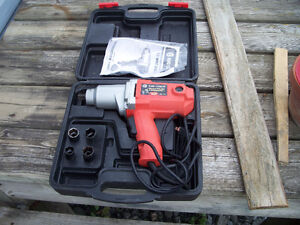 1/2 INCH ELECTRIC IMPACT WRENCH