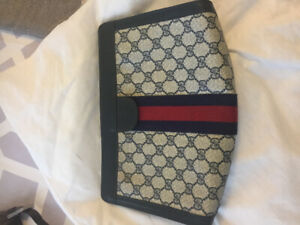 cc1c5237cd600e Gucci | Buy or Sell Women's Bags & Wallets in Markham / York Region ...