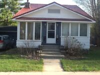 Orillia Northward bungalow with garage and great yard