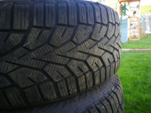 Pneus d'hiver gislaved nord frost 100 205/60 r16
