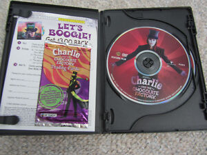 Charlie And The Chocolate Factory 2-Disc DVDs-With Trading Cards Kitchener / Waterloo Kitchener Area image 2