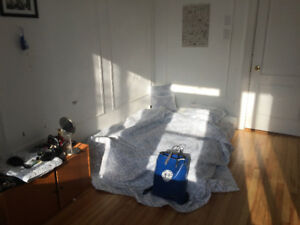 Private room in the Mile End for 30 days