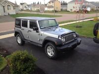 Jeep Parts for Sale.....Set of 4 Vent Visors and Bug Deflector