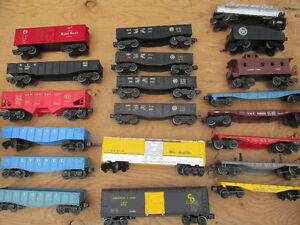 """LIONEL """"O"""" SCALE ELECTRIC TRAINS -LARGE TRAIN GROUP"""