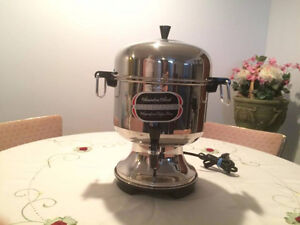 Farberware Automatic Percolator Coffee Pot Urn 12-36 Cups L1360