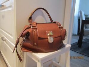 Michael Kors light brown handbag