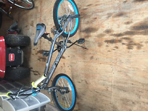 2 bikes for sale $35 each