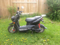 BW's 50 Yamaha scooter $2000.00 1860 kilometers will last approx