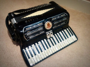 Titano Dandy Accordion - Made in Italy - $345