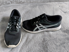 Asics Trainers, size 4
