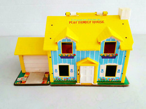 Fisher Price 1969 Play Family House