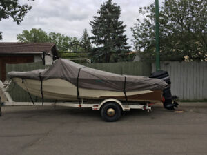 18' glastron boat with 150 hp mercury 3200$ takes it