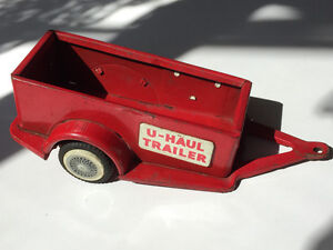 tin U-HAUL trailer toy