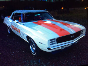 For sale 1969 Camaro Z11 pacecar