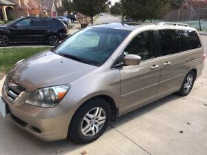 2007 Honda Odyssey EX-L Minivan, Van