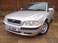 2001 VOLVO S40 AUTOMATIC ++ VERY LOW MILES ++ ALLOYS ++ ELECTRIC WINDOWS ++ FULL MOT.