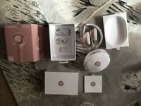 BRAND NEW rose gold limited edition solobeats2