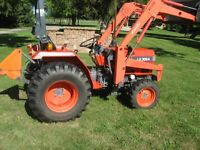 Kioti 30 hp tractor,4 X4, diesel , loader and blade,