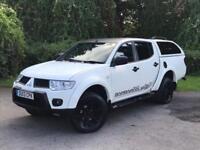 Mitsubishi L200 2.5 DI-D CR Barbarian Black Crew Cab 4WD 4dr (EU5) 2013/13