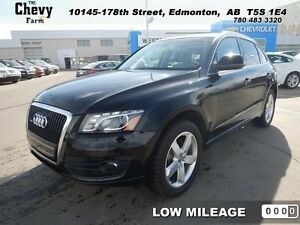 2010 Audi Q5 PREMIUM   Sunroof/Heated Seats