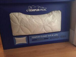 Tempur-Pedic Cloud Soft and Lofty Pillow Queen Size