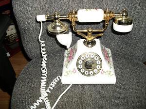 REDUCED,,,,,  CRADLE PHONE,SOUTHEM TELECOM