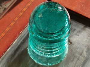$4.99 GLASS INSULATORS