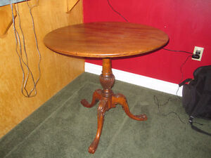 Decorative Claw Foot Table