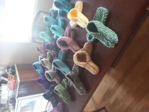 Pentoufles et Lavette en laine tricoté - Beau cadeau !