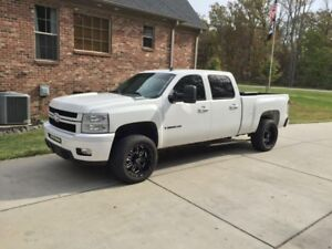 Looking for chev duramax 2007.5