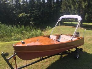 Cedar Strip Wood Boat