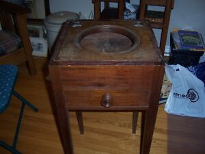 Antique primative wash stand Kingston Kingston Area image 3