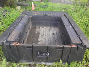 17,000lb dsp 5th wheel hitch/toolbox liner Prince George British Columbia image 3