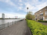 1 bedroom flat in Ferguson Close, Docklands E14