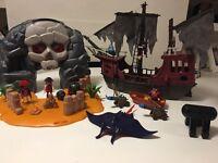 Playmobil pirate bundle