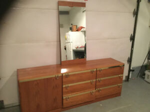 Miroir pied buy and sell furniture in ottawa gatineau area